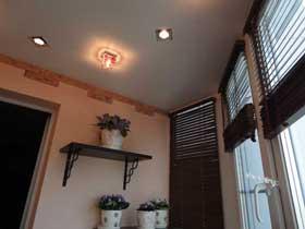фото ремонта балконов 15