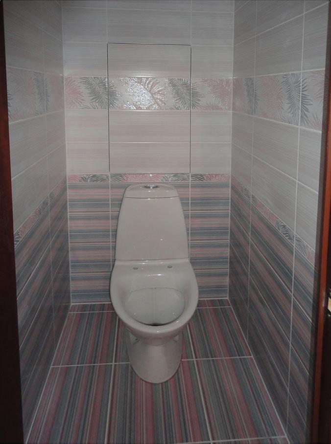 Черная плитка в туалете фото