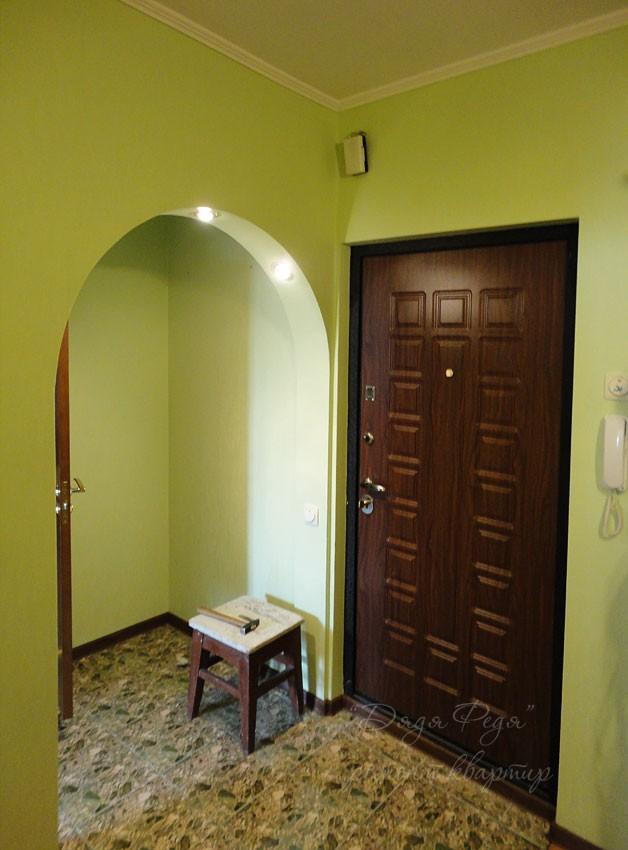 Стены в коридоре фото